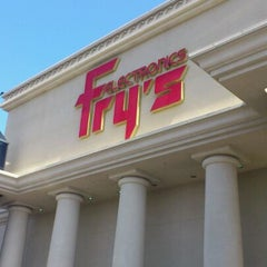 Photo taken at Fry's Electronics by Nobuyasu N. on 5/20/2012