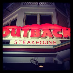 Photo taken at Outback Steakhouse by Melissa M. on 11/17/2012