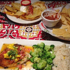 Photo taken at Chili's Grill & Bar by Jennifer S. on 9/27/2013
