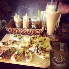 Photo taken at Natureza Deli Café by Natureza Deli Café on 10/4/2014