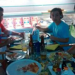 Photo taken at Mama Mia Italian Deli & Pizzeria by Flávio G. on 7/13/2015