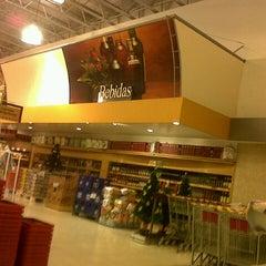 Photo taken at Supermercados Líder by Guilherme N. on 10/24/2012