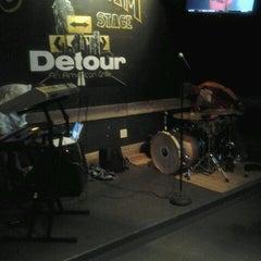 Photo taken at Detour An American Grille by Bashiri A. on 9/20/2012