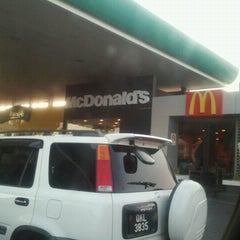 Photo taken at McDonald's by Naseebah J. on 9/17/2012