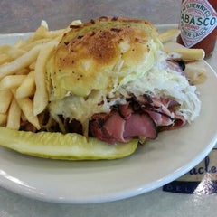 Photo taken at Miracle Mile Delicatessen by Matt P. on 11/30/2012