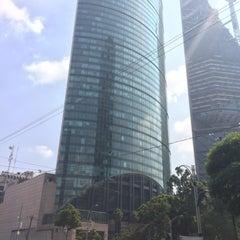 Photo taken at Torre Mayor by Roberto R. on 6/28/2015