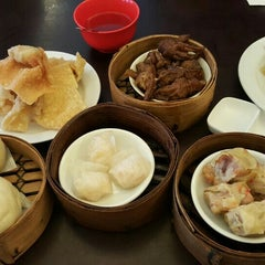 Photo taken at Hong Sin Restaurant by Bertha S. on 10/17/2015