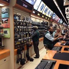 Photo taken at B&H Photo Video by Vasili T. on 3/20/2013