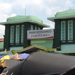 Photo taken at Pasar Beringharjo by ich~ on 11/17/2012