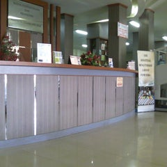 Photo taken at Badan Perpustakaan dan Kearsipan Provinsi Jawa Timur by Dzulfikar Z. on 5/12/2015