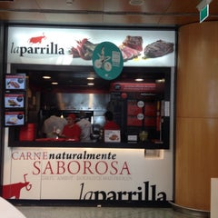 Photo taken at La Parrilla by Osvaldo Henrique Franco de S. on 6/24/2015