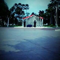 Photo taken at Tugu Proklamasi (Proclamation Monument) by Surya R. on 8/18/2014
