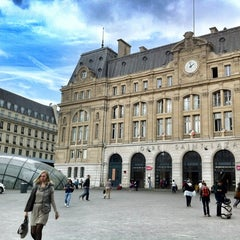 Photo taken at Gare SNCF de Paris Saint-Lazare by Sothi S. on 9/18/2012