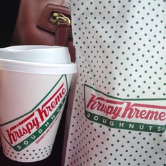 Photo taken at Krispy Kreme Doughnuts by 💋 TAMLA 💋 on 6/1/2013