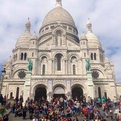 Photo taken at Basilique du Sacré-Cœur de Montmartre by Dragana on 4/29/2013