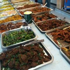 Photo taken at Restoran Mahbub by Shima H. on 12/8/2012