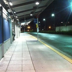 Photo taken at Federal Way Transit Center by Aaron on 12/7/2012
