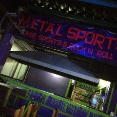 Photo taken at Metal Sports Bar by Bernabe M. on 10/4/2012