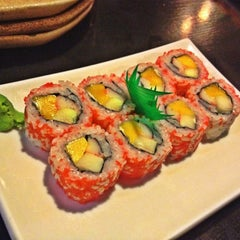 Photo taken at Omakase by 🌺TinAmante🌺 on 10/17/2012