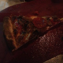 Photo taken at Anthony's Coal Fired Pizza by Monica🌺Gutierrez R. on 11/1/2013