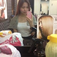 Photo taken at Hair Secret Saloon by Jacquelinebii on 10/22/2012