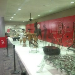 Photo taken at Phillips Collection Display by Rick H. on 4/23/2014