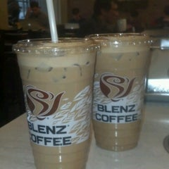 Photo taken at Blenz Coffee by Joel R. on 1/30/2013