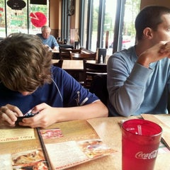 Photo taken at Mike's Pizzeria Italian Restaurant by Lisa S. on 9/29/2012