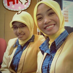 Photo taken at Plasa Telkom Jakarta Timur by Ika F. on 8/1/2013