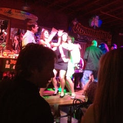 Photo taken at Savannah Smiles Dueling Pianos by Janie U. on 9/30/2012