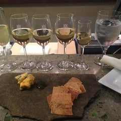 Photo taken at Montaluce Vinyard and LeVigne Restaurant by Janie U. on 12/16/2012