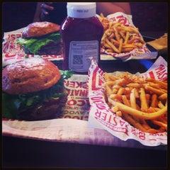 Photo taken at Smashburger by Edher Q. on 6/15/2013