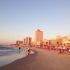 Photo taken at Frishman Beach (חוף פרישמן) by Dimitris E. on 10/14/2012