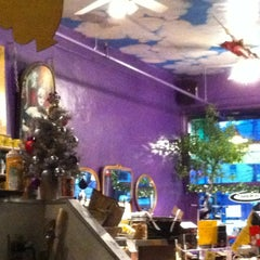 Photo taken at Beehive Coffeehouse by Aaron H. on 12/20/2012