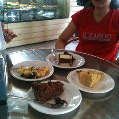 Photo taken at Restaurante Nega Maluca by Mozart on 11/8/2012