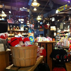 Photo taken at Cracker Barrel Old Country Store by Mark N. on 7/15/2013