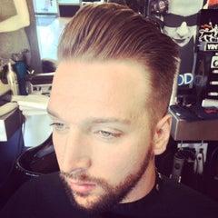 Photo taken at Floyd's 99 Barbershop by Myke M. on 11/7/2014