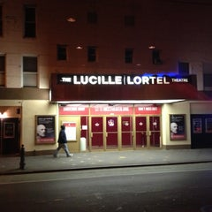 Photo taken at Lucille Lortel Theatre by Rance W. on 10/14/2012