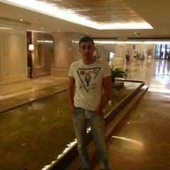 Foto tirada no(a) F Bar & Lounge por Igor G. em 12/10/2012