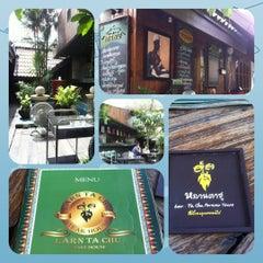 Photo taken at หลานตาชู สเต็กเฮ้าส์ (Larn Ta Chu Steak House) by noppawan s. on 11/23/2012