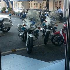 Photo taken at Balai Polis Melaka Tengah (Cawangan Trafik) by awi z. on 8/19/2014