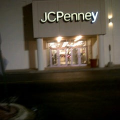 Photo taken at JCPenney by Darrell B. on 12/19/2012