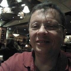 Photo taken at LongHorn Steakhouse by Joe G. on 11/4/2012