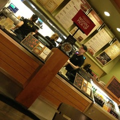 Photo taken at Noodles & Company by Ray H. on 2/5/2013