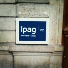 Das Foto wurde bei IPAG Business School von Oscar V. am 3/9/2013 aufgenommen