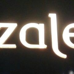 Photo taken at Azalea Restaurant by Sean Lim 小. on 7/27/2014