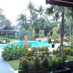 Photo taken at Shangri-La Hotel, Jakarta by Yoshikazu T. on 8/1/2013