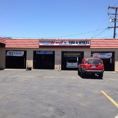 Photo taken at Bud's Moreno Valley Tire Pros by Bud's Tire and Wheel Inc. on 7/19/2013