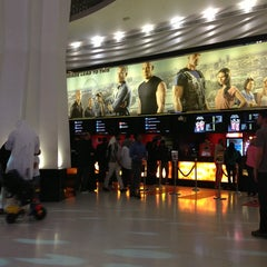 Photo taken at Reel Cinemas ريل سينما by Tahani f💫 on 5/22/2013