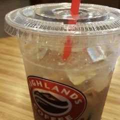 Photo taken at Highlands Coffee by HTA on 3/1/2015